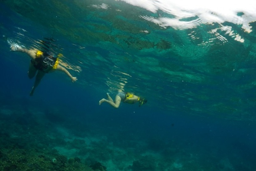 Pemkab Lombok Utara Tata Gili Meno Republika Online Wisatawan Melakukan