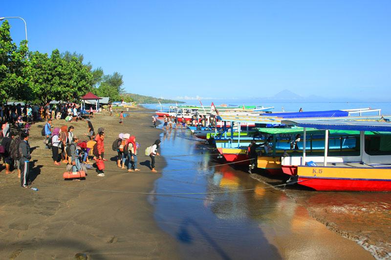 Public Boat Gili Islands Updated Lombok Network Holidays Pulau Meno