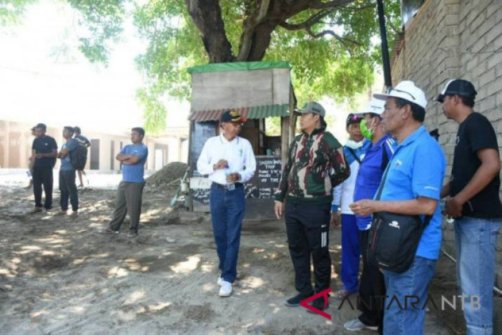 Wabup Lombok Utara Pimpin Penertiban Gili Air Antara News Wakil