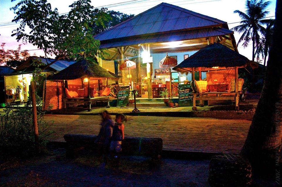 Lombok Mirah Sasak Adie Geliat Senja Merona Menjelang Malam Gili