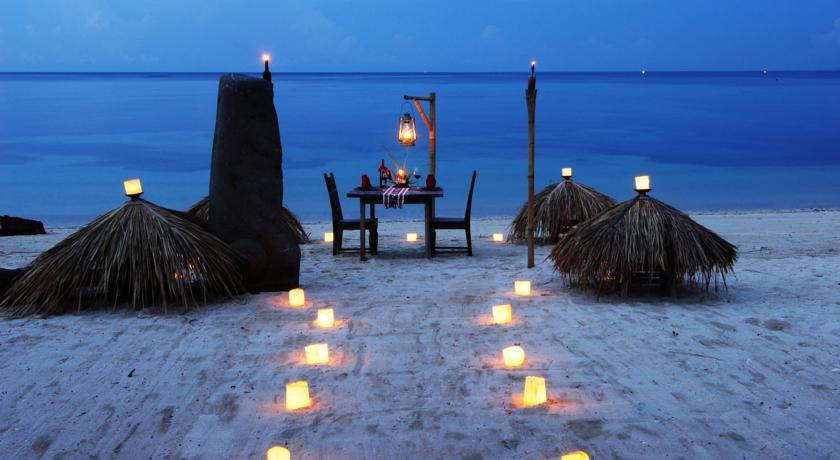 Wisata Budaya Lombok Utara Juni 2016 Hotel Tugu Terletak Pesisir
