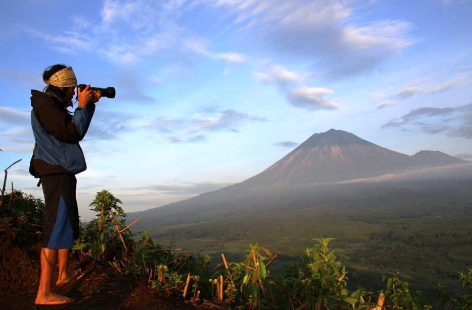33 Tempat Wisata Lumajang Populer Terkenal Gunung Wayang Kolam Renang