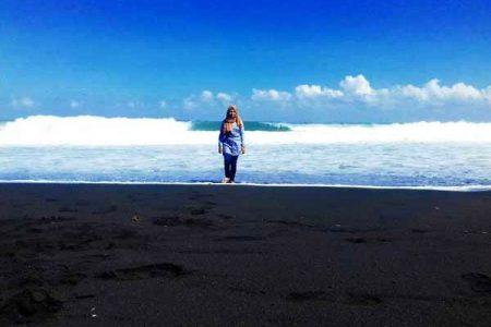 Keindahan Wisata Pantai Bambang Lumajang Kab
