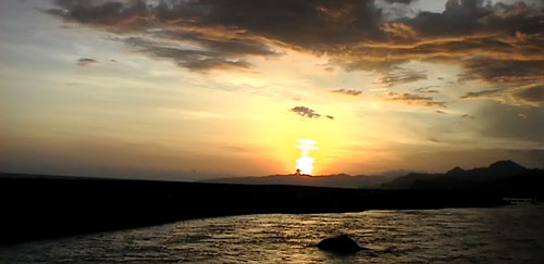 Ombak Berlapis Pantai Bambang Kab Lumajang