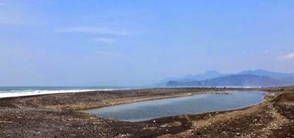 Wisata Pantai Bambang Lumajang Jawa Timur Wongcrewchild Potensi Kab
