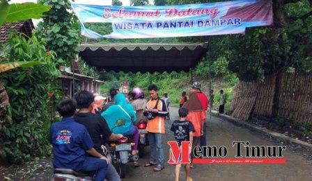 Tiga Pungutan Pengunjung Pantai Dampar Memo Timur Lumajang Tlepuk Kab