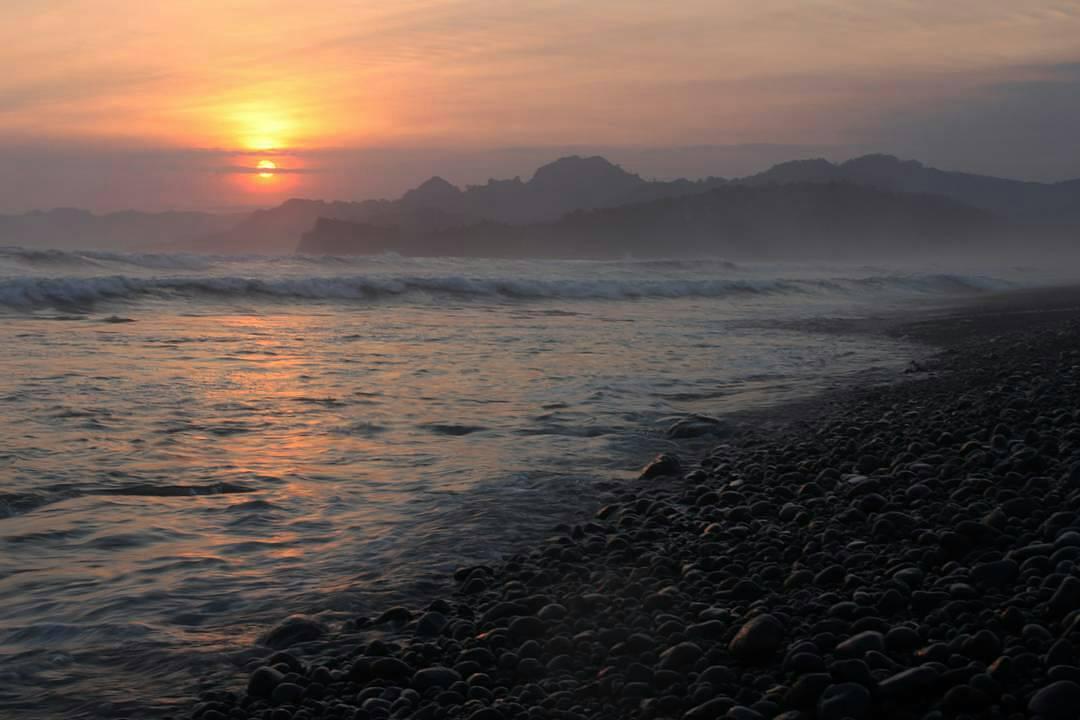 Tlepuk Pantai Kab Lumajang