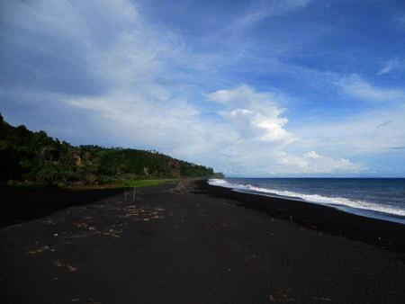 Indahnya Telaga Pantai Watu Godek Lumajang Oleh Mbah Ukik 1420508542204670142
