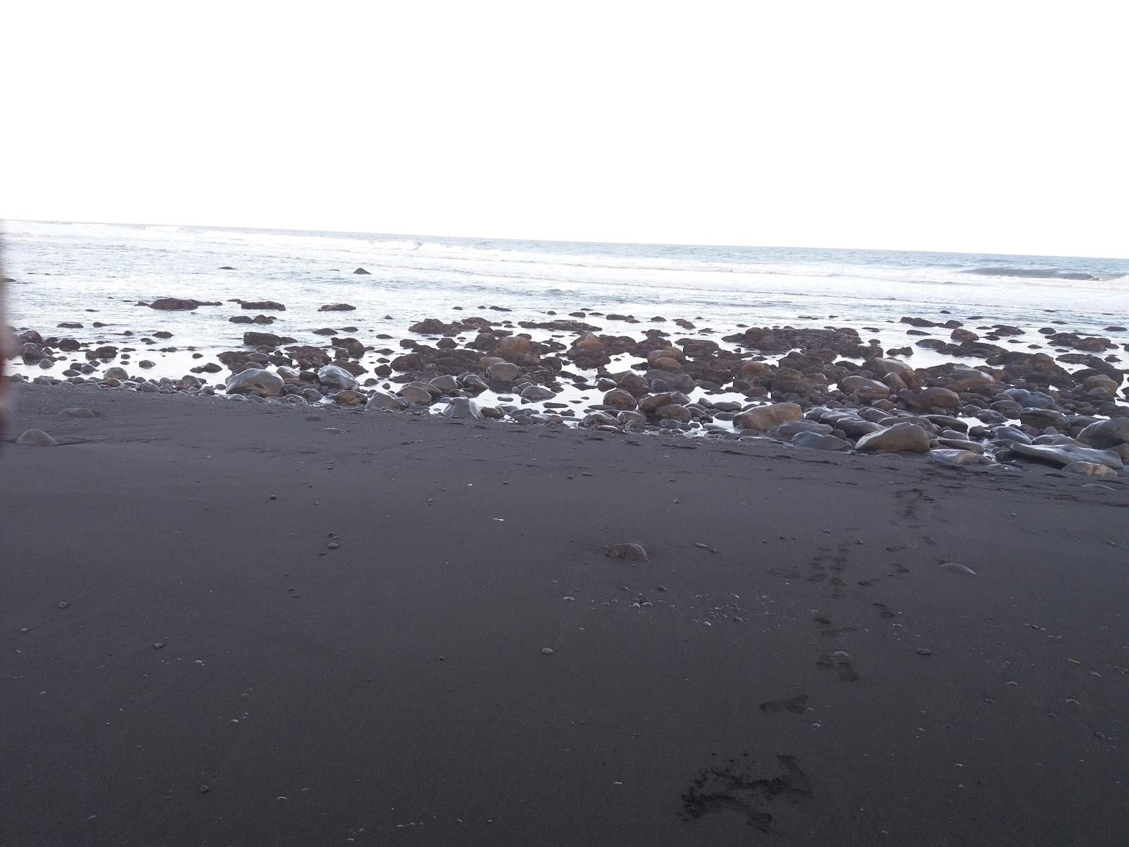 Pantai Watu Pecak Selok Awar Pasirian Lumajang Hunting Kita Kab