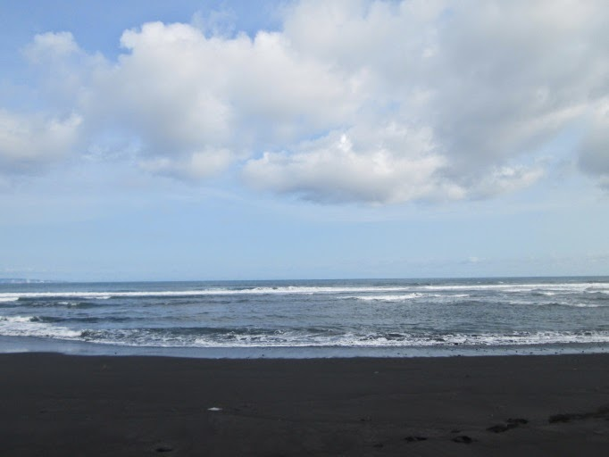 Shofi Blog Pantai Watu Pecak Terletak Selatan Kabupaten Lumajang Tepatnya