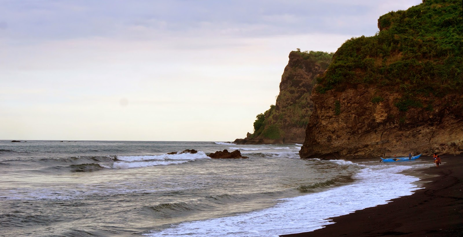 Wisata Lumajang Pantai Dampar Watu Pecak Kab