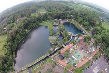Dua Selokambang Water Park Mulai Dipadati Wisatawan Lebaran Kawasan Wonorejo