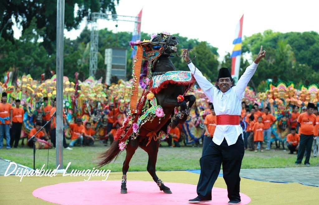 Taman Air Kwt Cocok Pesta Wisatalumajang Gajah Mada Nulan Maharaja