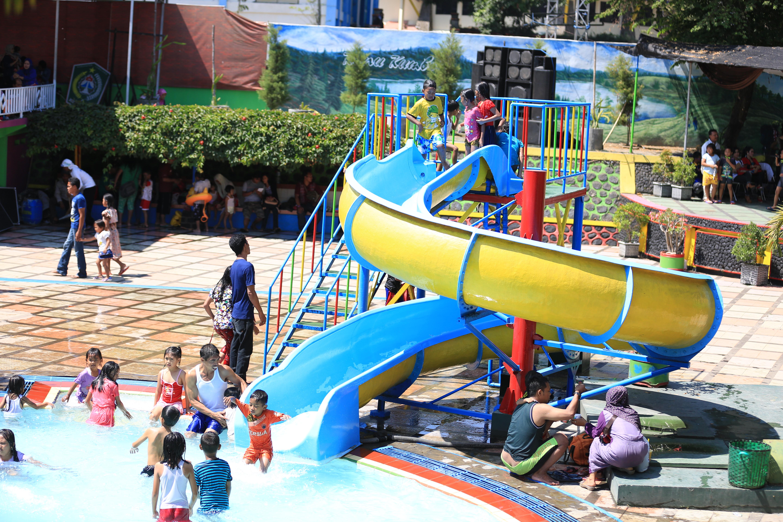 Waterpark Wisatalumajang Water Park Kawasan Wonorejo Terpadu Kab Lumajang