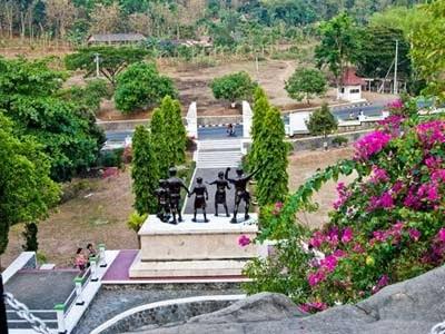 Daftar Tempat Wisata Madiun Jawa Timur Terbaik Taman Rekreasi Umbul