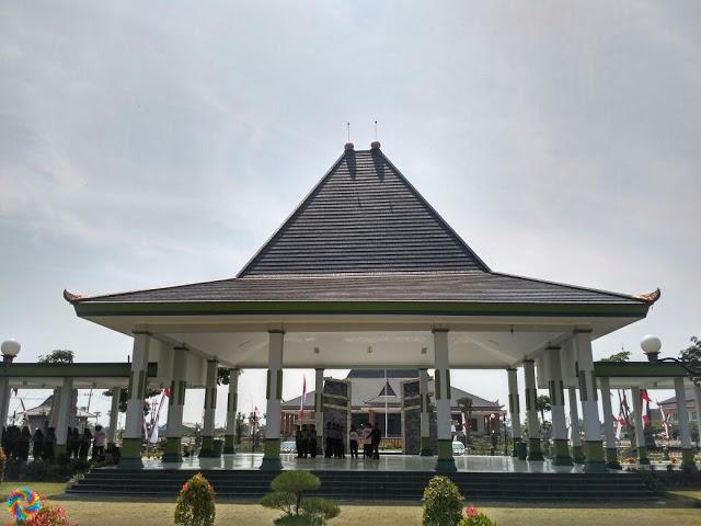 Penasaran Alun Kota Mejayan Kabupaten Madiun Berikut Ditetapkannya Caruban Terletak