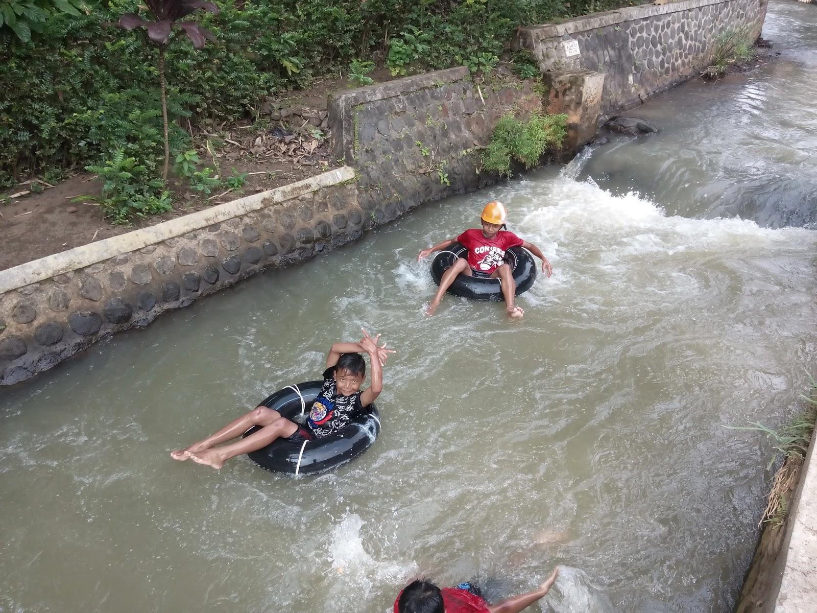 Mawar Sekuntum 16 07 31 08 Arena Tubing Desa Wisata