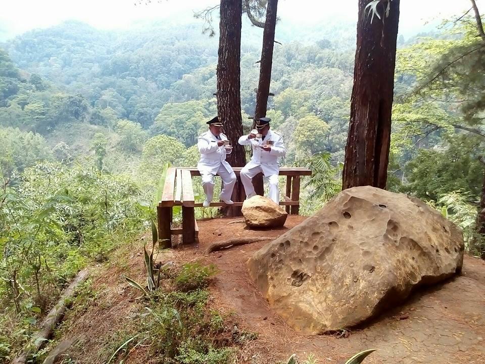 Pemotretan Destinasi Wisata Hutan Pinus Nongko Ijo Kabupaten Madiun Kare