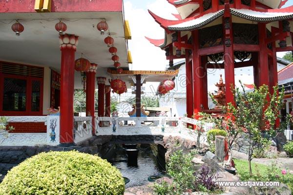 Hong San Kiong Temple Jombang Indonesia Klenteng Madiun Tri Dharma