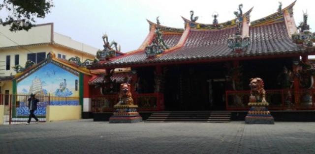 Klenteng Hwie Ing Kiong Tempat Ibadah Tri Dharma Gaya Bangunan