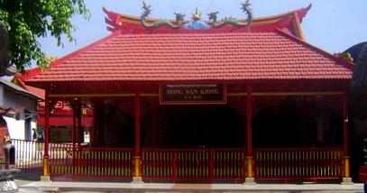 Pesona Keindahan Wisata Kelenteng Hong San Kiong Jombang Daftar Tempat