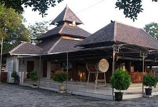 Wisatamadiun Archives Wisata Madiun Raya Religi Masjid Besar Kuno Taman