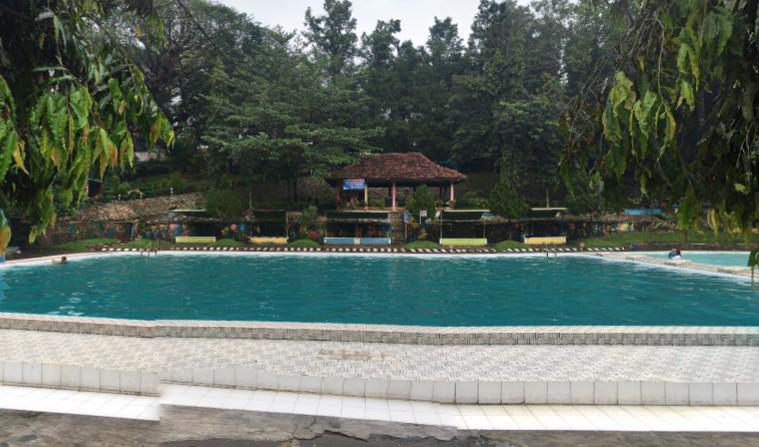 Kolam Renang Patemon Tanggul Jember Trip Jalan Piranha Kab Madiun