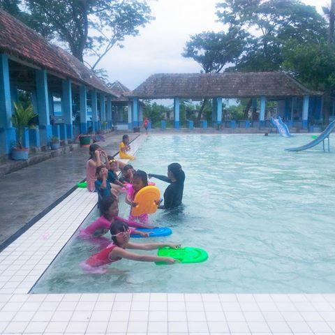 Tirta Mulya Swimming Club Tirtamulya Nganjuk Instagram Photos Liburanya Sekolah