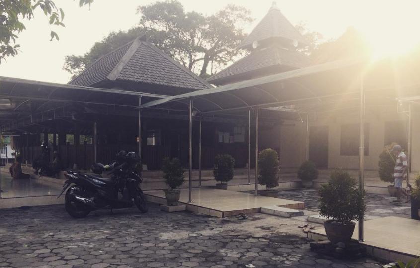 10 Wisata Madiun Rekomended Mulai Hits Dikunjungi Religi Makam Masjid