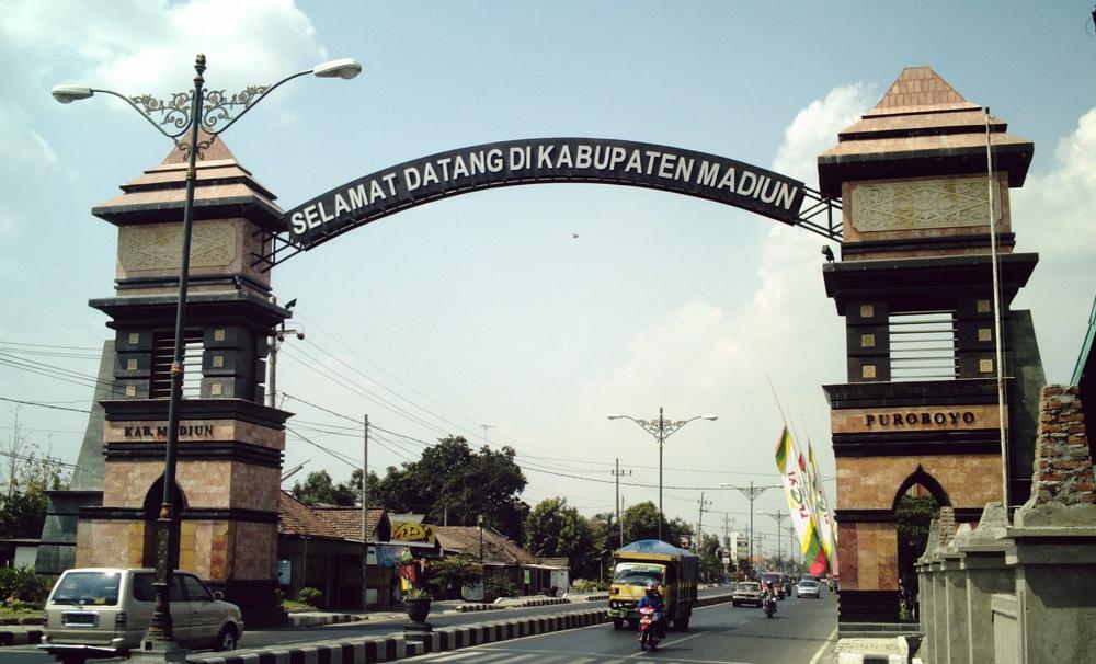 16 Tempat Wisata Terbaik Madiun Jawa Timur Rasuk News Makam