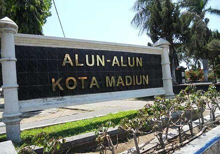 Kota Madiun Wikiwand Alun Makam Masjid Kuno Taman Kab
