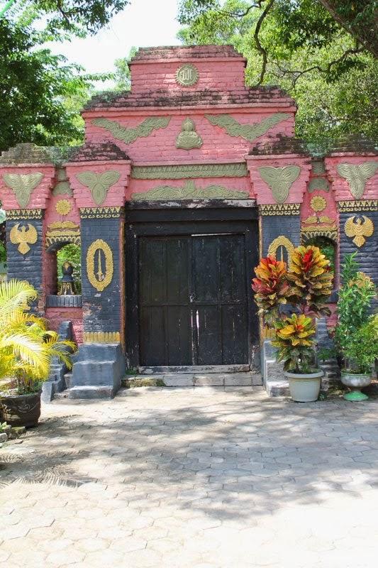 Makam Masjid Kuno Taman Madiun Info Wisata Online Gerbang Kab