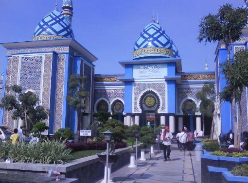 25 Obyek Tempat Wisata Madiun Jatim Sekitarnya Daerah Caruban Masjid