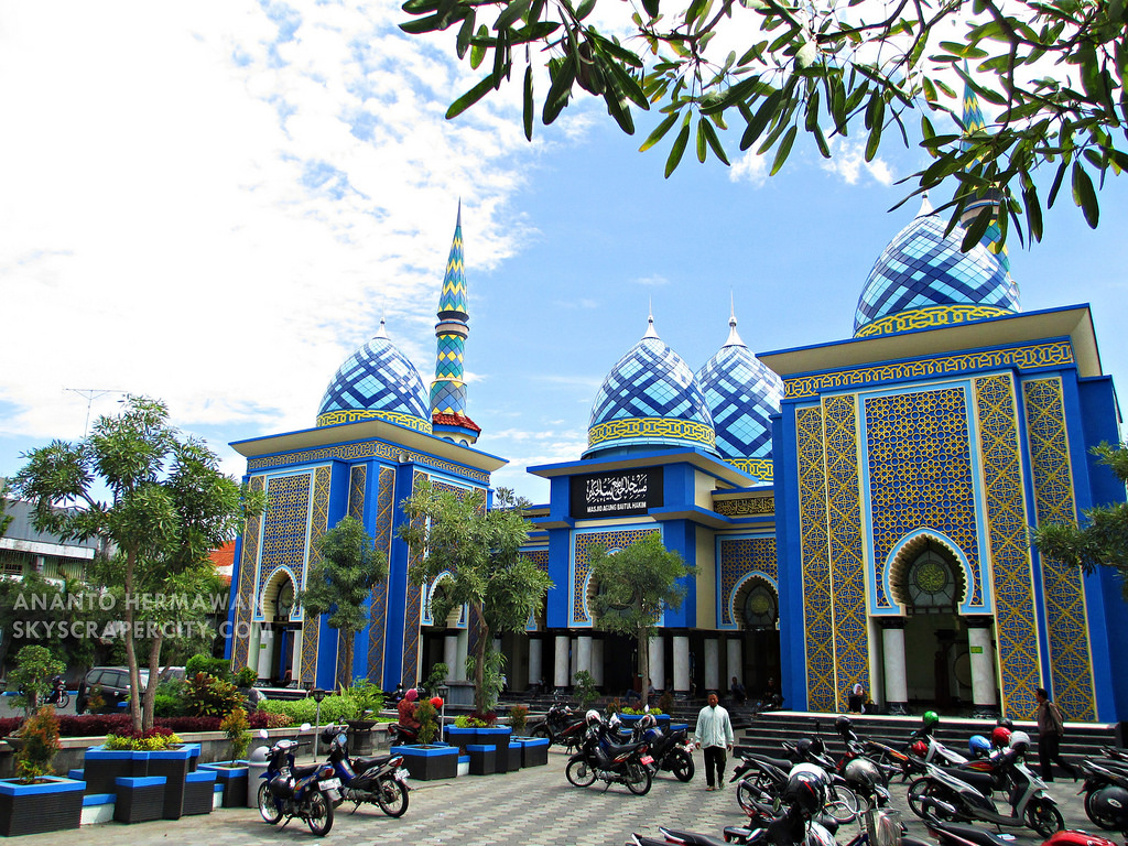 Madiun East Java Picture News Page 49 Skyscrapercity Masjid Agung