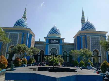 Perpaduan Tradisional Modern Masjid Agung Madiun Oleh Baitul Hakim Kab