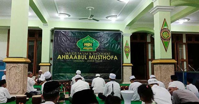 Photos Videos Tagged Ahbaabulmusthofamadiun Instagram Ahbaabul Musthofa Madiun Masjid Agung