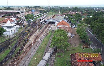 Kota Madiun Wikiwand Stasiun Terbesar Tertua Ketiga Jawa Timur Masjid