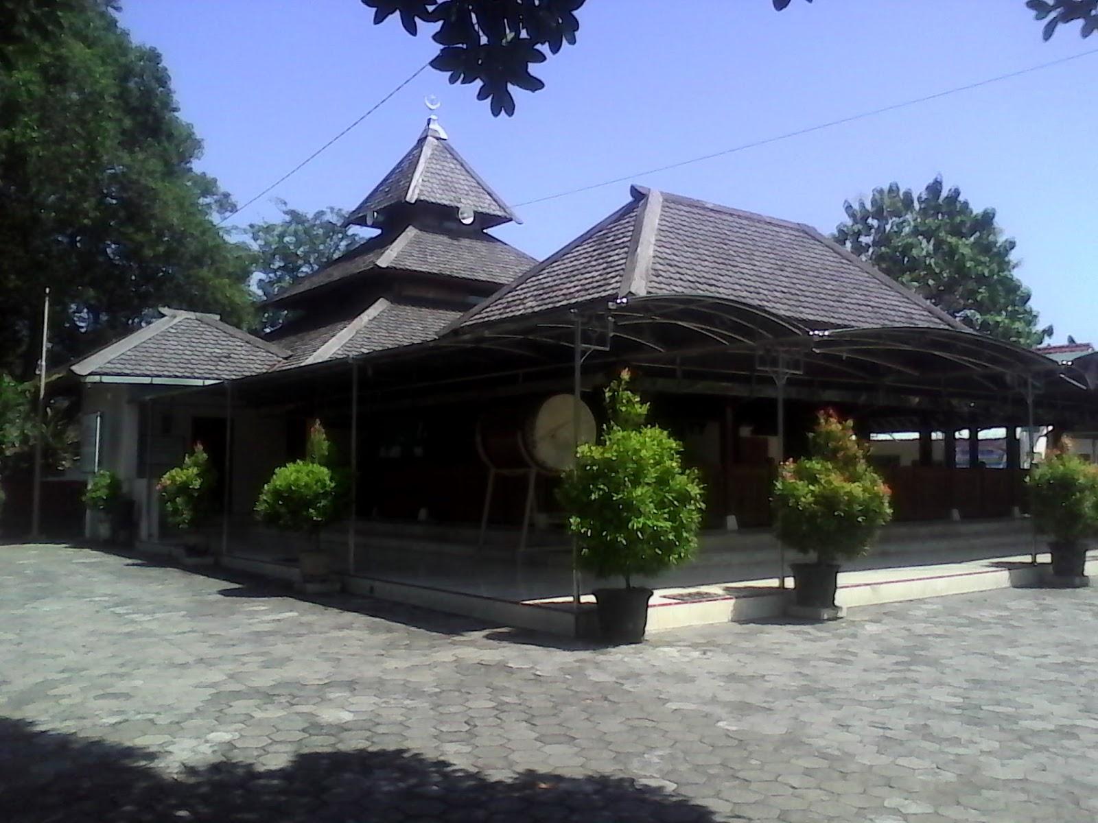 Masjid Besar Kuno Taman Madiun Salah Satu Tertua Bersejarah Kota