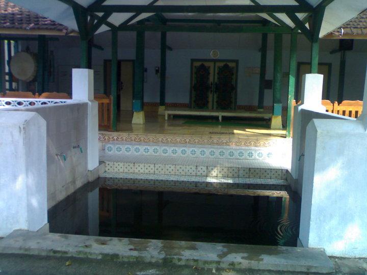 Masjid Sewulan Situs Tua Keramat Madiun Kuno Kuncen Kab
