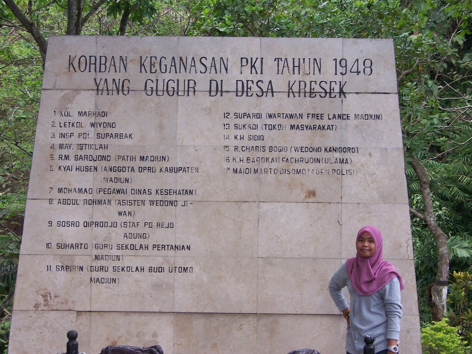 Diamonds Monumen Kresek Sejarah Kekejaman Pki Tentang Penulis Rekan Kabupaten