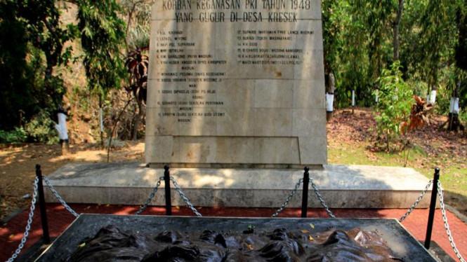 Kisah Munculnya Pasukan Kepala Monumen Pki Viva Image Title Kresek