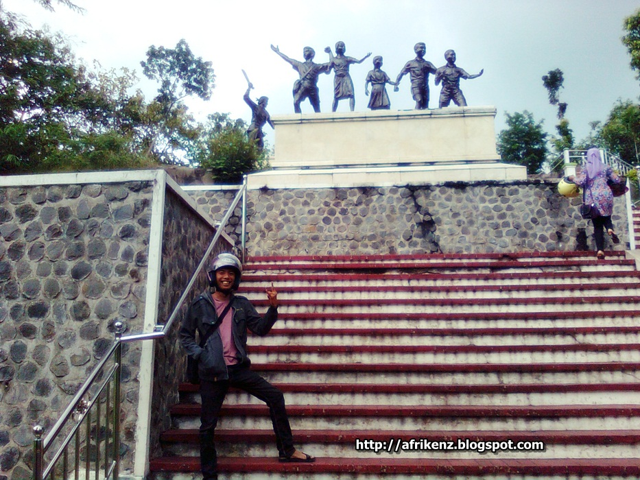 Monumen Kresek Bukti Keganasan Pki Madiun Afri Kenz Catatan Buat