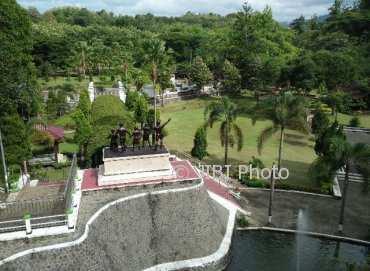 Wisata Madiun Monumen Kresek Bersolek Jadi Lokasi Favorit Suasana Kompleks