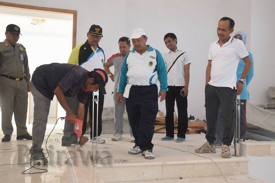 Bupati Madiun Tinjau Pembangunan Masjid Agung Mejayan Harian Muhtarom Sos