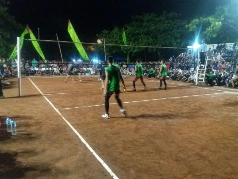 Olahraga Tim Sman 2 Mejayan Juara Turnamen Bola Voli Antar