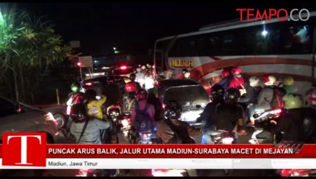 Puncak Arus Balik Jalur Utama Madiun Surabaya Macet Mejayan Video