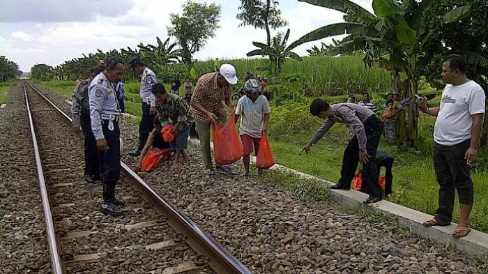Satpam Pt Gan Lamongan Tewas Ditabrak Kereta Argo Anggrek Surya