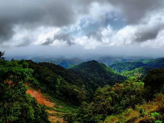 25 Obyek Tempat Wisata Madiun Jatim Sekitarnya Daerah Caruban Gunung