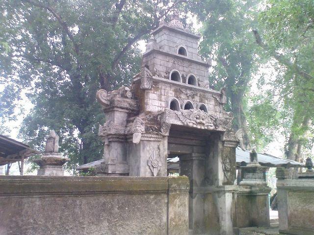 Travel Jelajahi Indahnya Nusantara Juni 2012 Situs Peninggalan Bersejarah Berlokasi