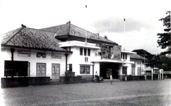 2017 Laman 32 Iklanmadiun Bioskop Lawu Kenangan Situs Bersejarah Nglambangan